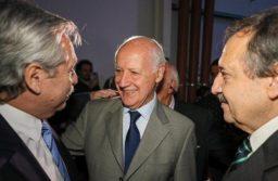 El presidente Alberto Fernández se reencontró con su rival electoral Roberto Lavagna en un acto en Escobar.  Foto: Presidencia de la Nación