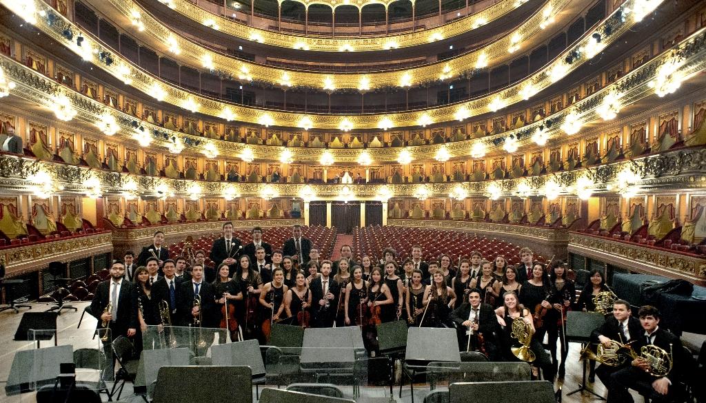La Orquesta Académica del Instituto Superior de Arte del Teatro Colón ofrecerá un concierto gratuito en el Teatro Tronador