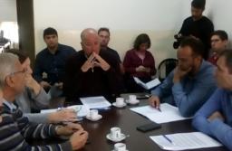 Hacienda analiza modificaciones al plan de facilidades de pago para deudores de tasas municipales