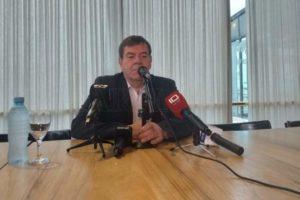 Montenegro pidió especialmente a los mayores de 65 años que se queden en sus casas