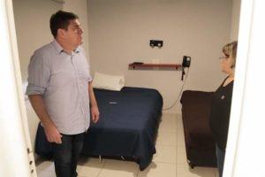 Para descomprimir Hospitales: el Municipio utilizará hoteles sindicales para alojar pacientes leves