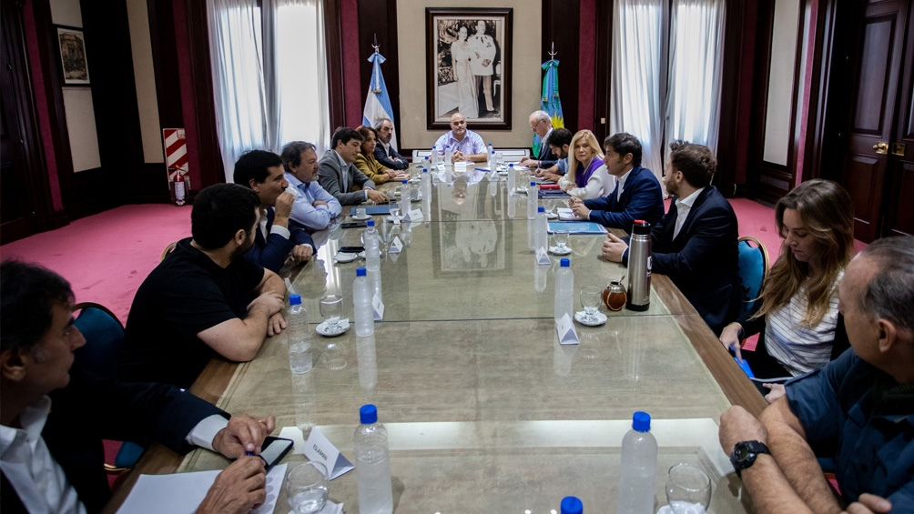 Kicillof recibió a la oposición para evaluar propuestas para enfrentar el coronavirus