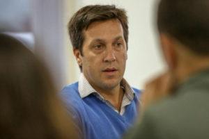 Escándalo en Necochea: El intendente acorralado por presunta violación de la cuarentena y encubrimiento de la policía