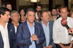 """Los intendentes del PRO, contentos con las obras, pero molestos por los protocolos y las """"chicanas"""" de Kicillof"""