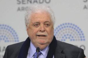 """Ginés González García: """"No me voy a bancar que un argentino se quede sin atención"""""""
