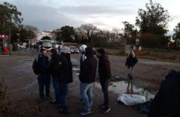 Una facción disidente de la UTA mantiene un bloqueo en la cabecera de la 25 de Mayo