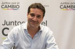 Abad es uno de los candidatos en las elecciones de la UCR de octubre.