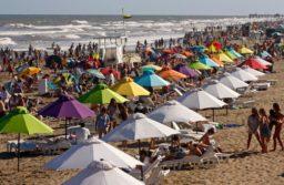 """El intendente de Pinamar afirma: """"Sí, va haber temporada de verano"""""""