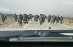 Imágenes del inicio del operativo de Gendarmería del 1º de agosto en la Ruta Nacional 40 a la altura del Paraje Leleque de Chubut, minutos previos a la desaparición de Maldonado