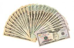 Batería de medidas del Banco Central restringen más el acceso al dólar