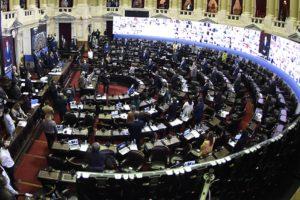 Tras la falta de acuerdo con Juntos por el Cambio, se inició la sesión mixta en Diputados