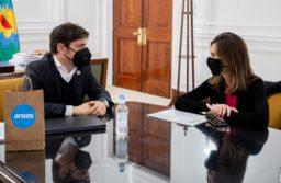 Kicillof se reunió con la titular de la Anses Fernanda Raverta