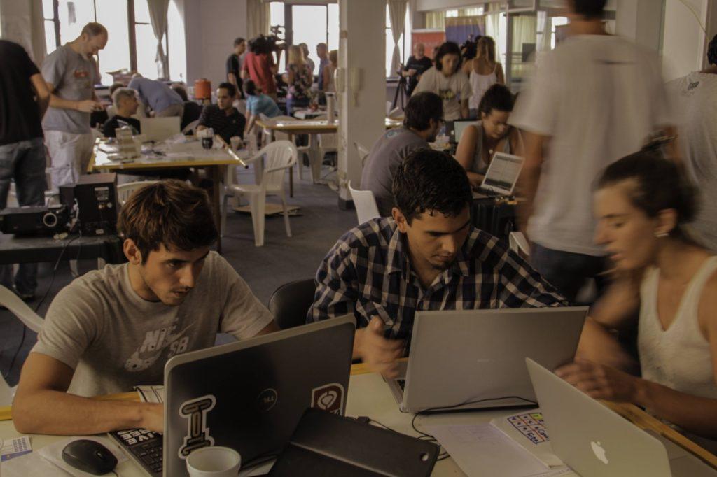 El sector TIC elabora indicadores para conocer las características y necesidades del sector