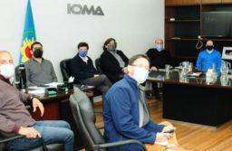Arrecia el virus y crece la disputa entre IOMA y los médicos: no tienen cura