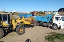 """Mar Chiquita: vecino denuncia que el municipio """"roba"""" arena de las playas"""