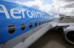 Durante el vuelo el sistema de filtros renovará constantemente el aire, eliminando el 99,9% de bacterias y microbios.
