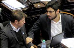 Facundo Moyano hace caja con los peajes para su gremio: negocia con Kicillof