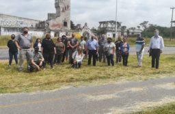 Defensores del pueblo y autoridades del Foro de Seguridad con vecinos de Parque Peña y Félix U. Camet