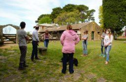 Autoridades provinciales recorrieron establecimientos agroecológicos de la zona
