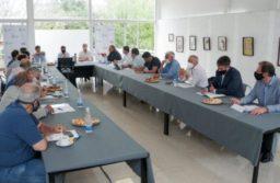Santa Clara: Kicillof se reúne con intendentes de la Costa Atlántica para evaluar las restricciones